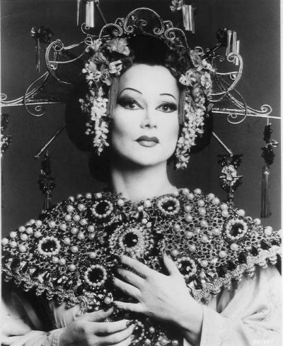 Marisa Galvany as Turandot